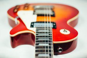 Comment choisir sa guitare électrique ?