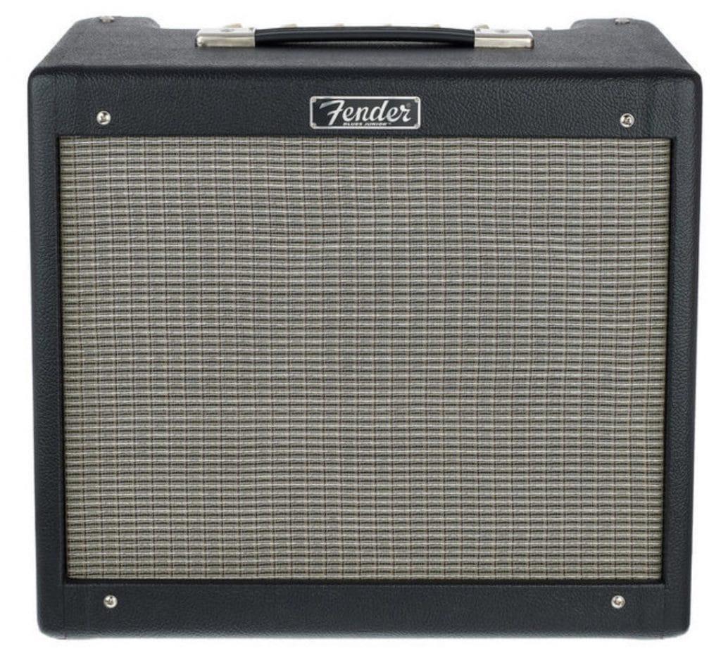 Le Fender Blues Junior est assez minimaliste mais extrêmement pêchu et dynamique